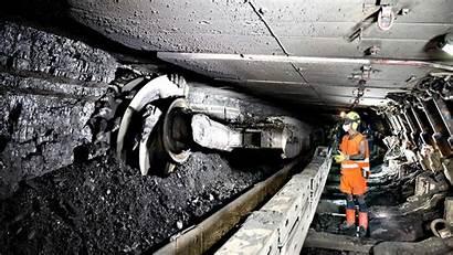 Coal Mine Miner Deep Its Britain Working