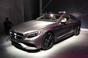 S63 Amg Coupe Prix : mercedes s63 amg coupe revealed pictures auto express ~ Gottalentnigeria.com Avis de Voitures