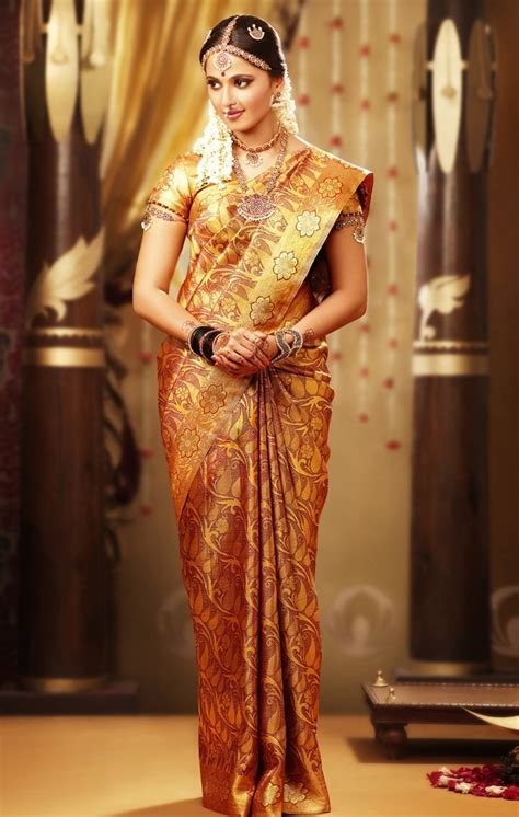 hindu bridal dresses   hindu bridal dresses mehndi picture mehendi gallery