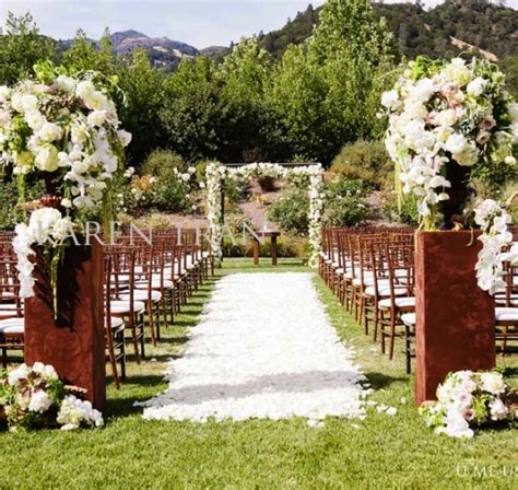 outdoor ceremony aisle decorations archives weddings romantique