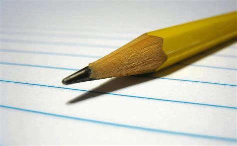 Disebut surat pribadi karena ditulis perseorangan dan dinas karena ditujukan untuk instansi tertentu. Surat Izin Tidak Masuk Kerja Karena Orang Tua Sakit - Cara Berhenti Sms Copy Telkomsel