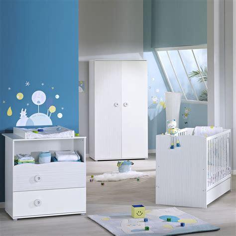 liste chambre bébé chambre bébé trio nino lit commode armoire de sauthon
