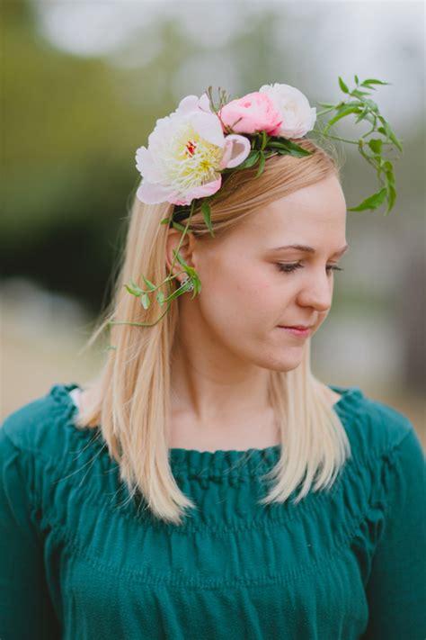 diy wedding headbands diy floral headband project wedding