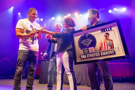 Nelly 'country Grammar' Certified Diamond
