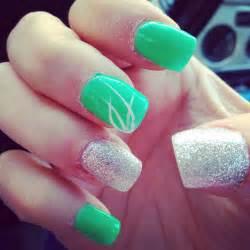 Green acrylic nail design love these nails salon