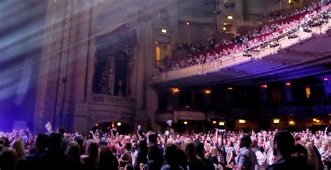 chicago theatre official site
