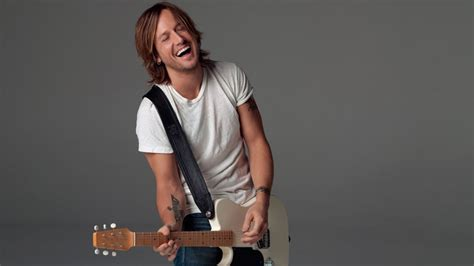 It's All About That Bass For Keith Urban · Nashvillegab