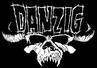 GLENN DANZIG Puts On MISFITS Skull Makeup For First Time ...