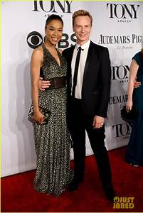 Anika Noni Rose & Sophie Okonedo Shine Like the 'Sun' at ...