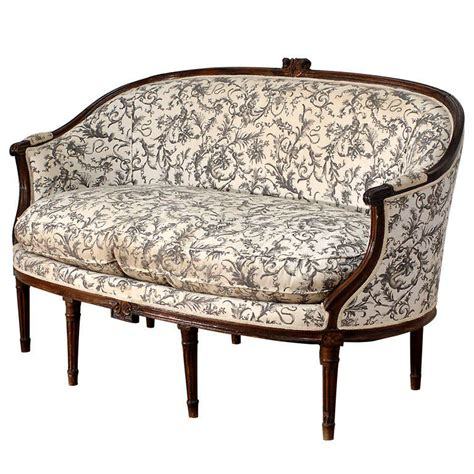 canapé style louis xvi louis xvi style canape corbeille sofa at 1stdibs