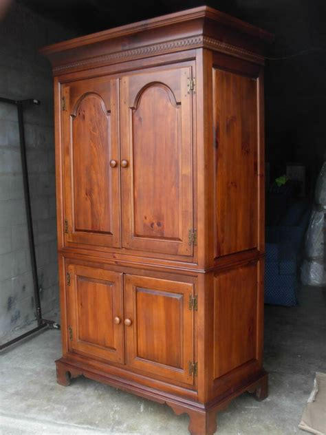 Armoire Cherry by Vintage Armoire Dixie Furniture Usa Made Cherry