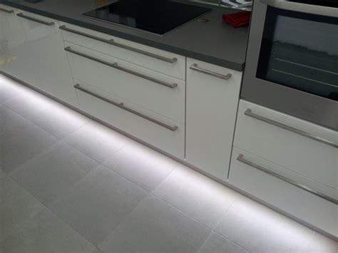 eclairage de cuisine led eclairage led complet d 39 une cuisine led 39 s go