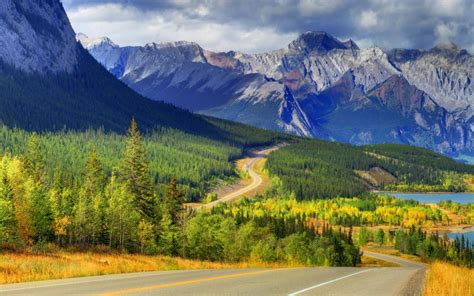 Abraham Lake Banff Alberta Canada Mountains Forest
