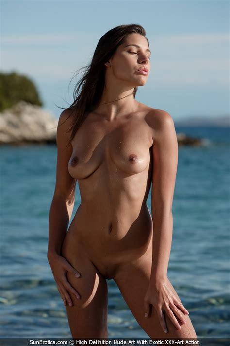 Adriana Nude Outdoors By Sun Erotica Photos Erotic
