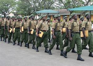 No money, more security problems - Kenyan police officers ...