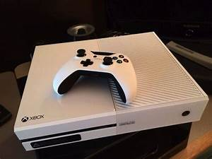 This Special White Xbox One is a sight to behold ...