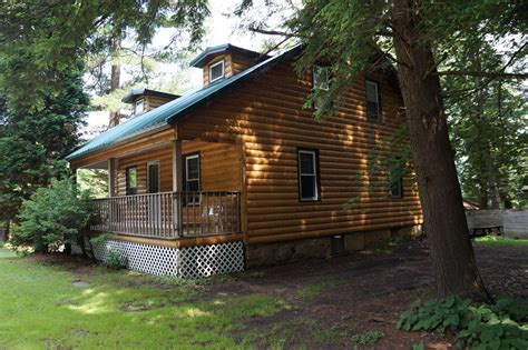 Pine Crest Cabins And Campground