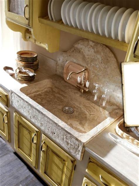 lavello in muratura il lavello in cucina
