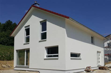 Besichtigen Sie Dieses Moderne Einfamilienhaus Im