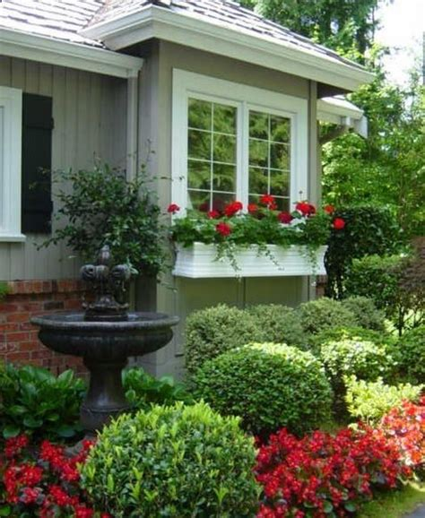 Green Porch Light Meaning by 1000 Ideas About Front Yard Landscaping On Pinterest