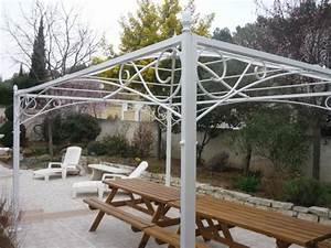 tonnelle de jardin en fer forge idees de design maison With charming gloriette de jardin en fer forge 2 tonnelle en fer forge inopiu