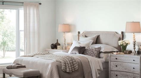 sherwin williams bedroom colors   gray