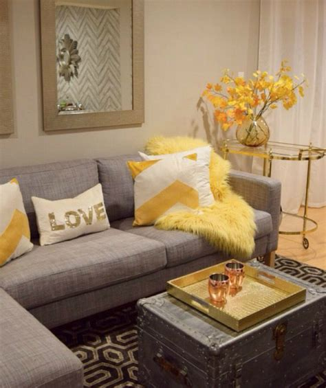 Blue Yellow And Beige Living Room by Living Room Design Ideas In Brown And Beige