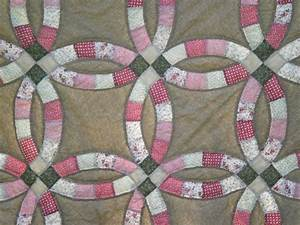 my favorite quilt double wedding ring the sassy quilter With double wedding ring quilt