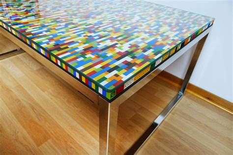never many colors aka another lego table