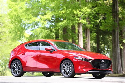 Every consideration has been made so the mazda3 feels as if it were built just for you. 「Mazda3」がいよいよ登場。注目の「スカイアクティブ-X」は10月販売開始【新型Mazda3発表】 - 記事詳細 ...