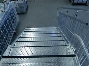 Antidérapant Pour Des Escaliers Extérieurs : escalier pour erp pmr et tablissements scolaires ~ Melissatoandfro.com Idées de Décoration