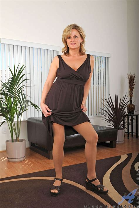 Baring Her Dress Sexy Milf Becca Blossoms Poses In Pantyhose Then Plays All Naked