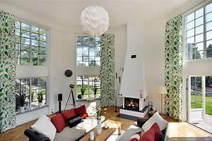 Choose modern valances for living room designs ideas for Modern curtains for living room 2018