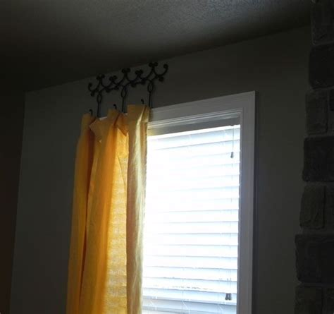 unique way to hang curtains for the home