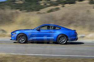 2020 Ford Mustang 2.3 High Performance Package challenges the GT - BestCarItems