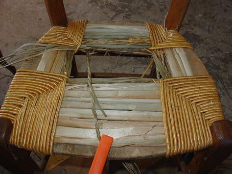 rempaillage d une chaise table de lit a roulettes