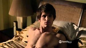 Pretty Little Liars - 1x19 Toby Shirtless Last Part - YouTube