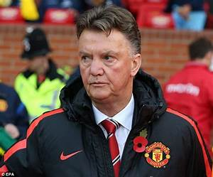Louis van Gaal satisfied with Manchester United win ...