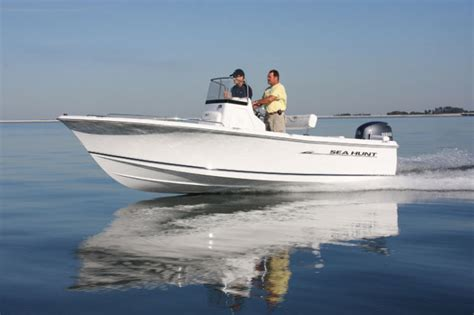 Sea Hunt Boats Triton 202 by Research 2014 Sea Hunt Boats Triton 202 On Iboats