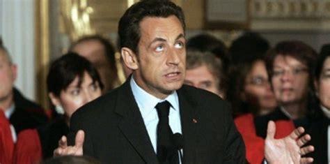 Affaire Bettencourt: Sarkozy choisit Facebook pour sa ...