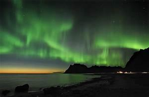Norway's Dazzling Northern Lights – Everett Potter's ...