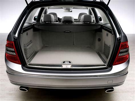 Big Garage De by фотографии универсал Mercedes C Class