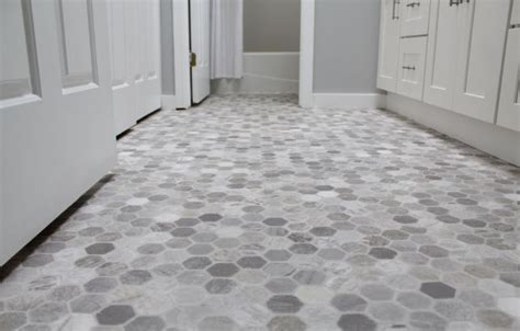 25  best ideas about Vinyl flooring bathroom on Pinterest