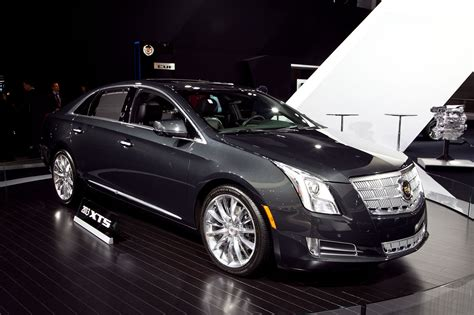 cadillac xts picture  car review  top speed