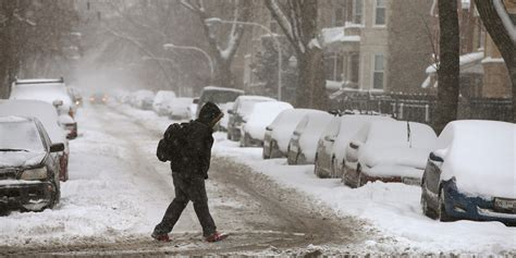 chicago winter storm warning issued   dangerously