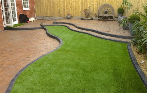 What Artificial Grass Specialists Do?