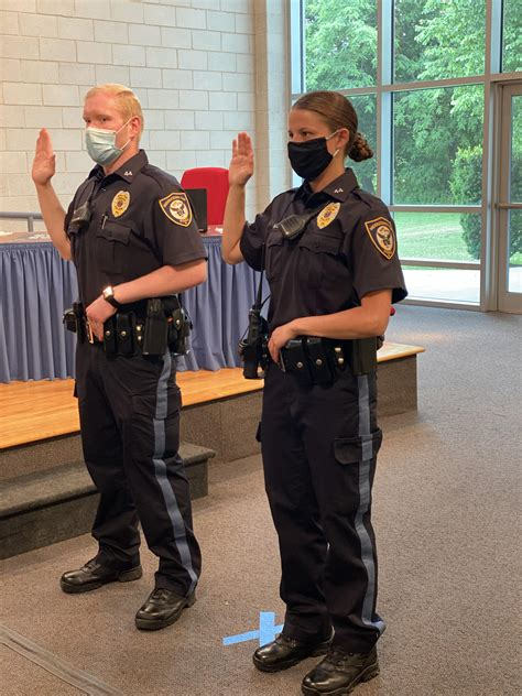 Middletown hires two new police officers - News - Bucks ...
