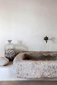 meuble salle de bains pas cher 30 projets diy With evier en pierre pour exterieur 17 enduit parpaing pas cher
