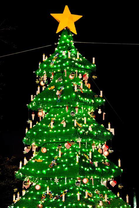 legoland christmas bricktacular returns for 2016 at legoland florida resort inside the magic