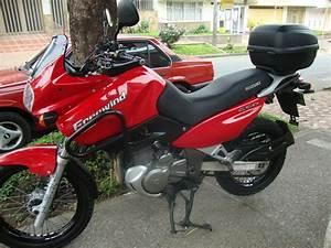 Suzuki Freewind 650 : suzuki freewind 650 motos pinterest ~ Dode.kayakingforconservation.com Idées de Décoration
